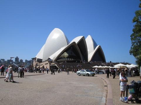 Approach, Opera House