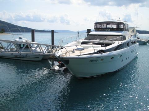 Daydream yachts