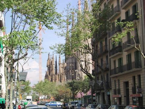 Walking toward the Sagrada Familia