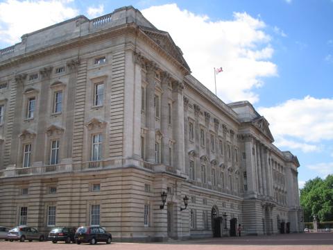 Buckingham Palce corner