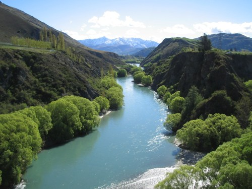 Up the Kawarau River