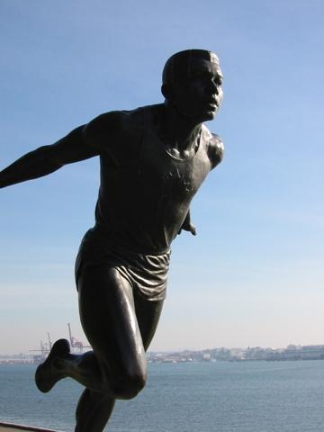 Runner statue